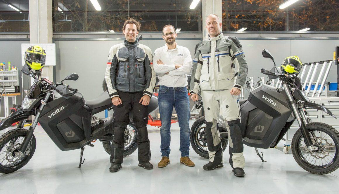 Entrega de las motos en la fábrica de VOLTA Motorbikes
